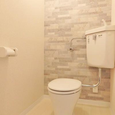 トイレもデザインクロス!