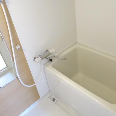 お風呂も綺麗になっております!