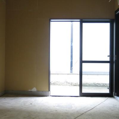 ガラス戸で外からもばっちり見えますね!