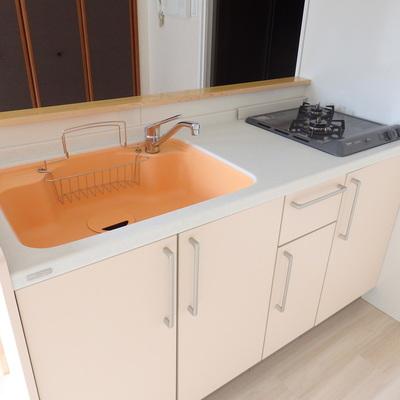 オレンジカラーのキッチン!