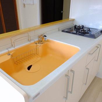 キッチンはオレンジ!