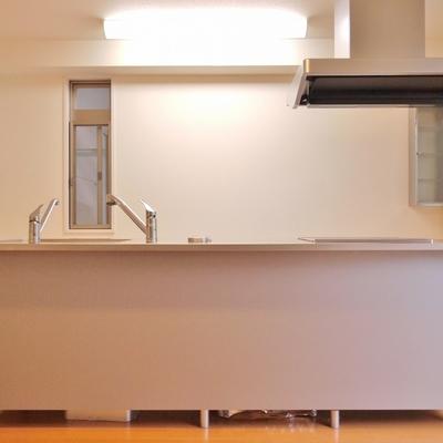 お部屋の中心がキッチン。