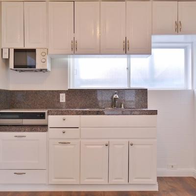 デザイン性を兼ね備えた使いやすいキッチンスペース。