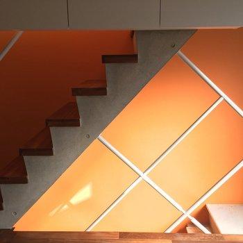 このフルーティーな色合いの階段を更に上ると…※写真は前回募集時のものです