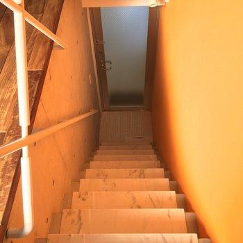 オレンジの壁に光が反射してオレンジ色に見えてたんですね〜※写真は前回募集時のものです
