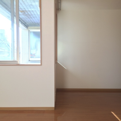 2階の洋室は9帖のスペース