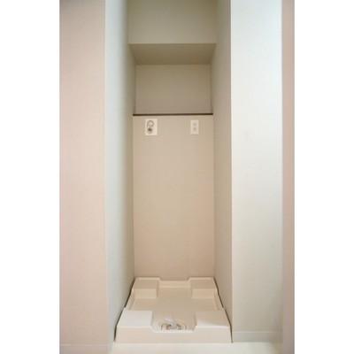 洗濯機置き場はこんな感じ
