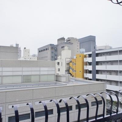 新宿のど真ん中です