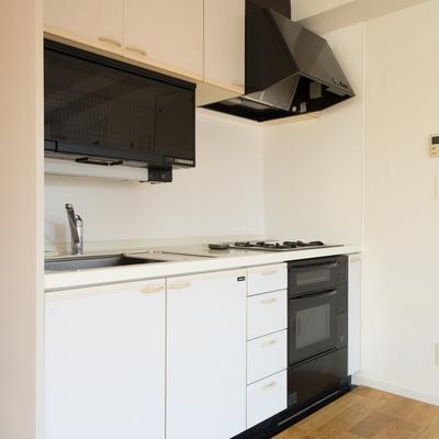 キッチンはオーブン&食洗器付き!※前回募集時の写真です