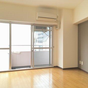ちゃんと日も入ってきます!※写真は3階の同間取り別部屋のものです