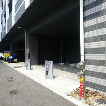 駐車場もしっかり完備!