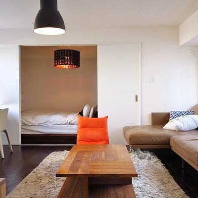 シックな色使いが大人なかっこよさです。 ※家具は変更になります