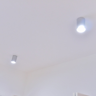 お洒落に室内を照らす。