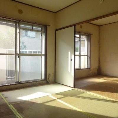 大きな窓があり、明るいです!※写真は工事前です