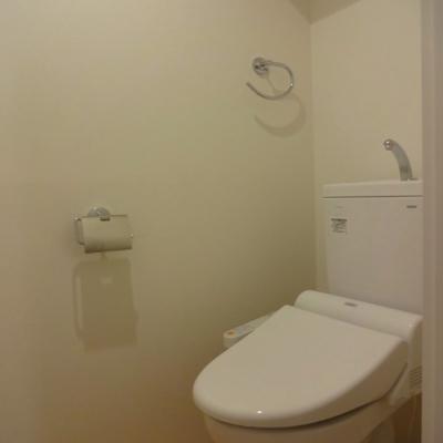 トイレ・ウォシュレット※別部屋の写真です