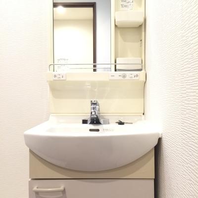 きれいな独立洗面台