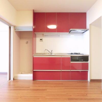 キッチン横洗濯機!