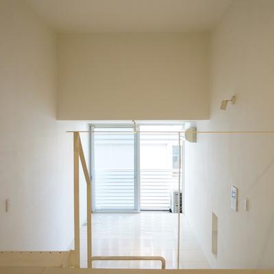 ロフトからの眺め。※写真は同間取り別部屋のものです。