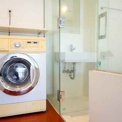 ドラム洗濯機もあります。