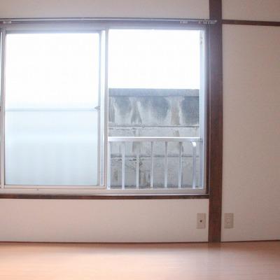 明るさの秘訣は、窓の大きさにあり!