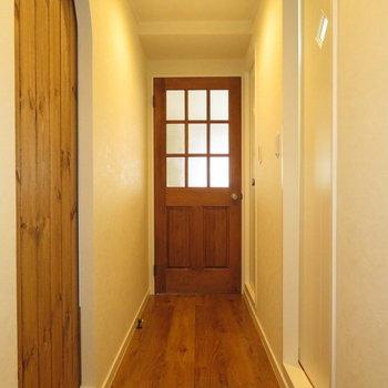 この可愛い扉、、帰ってきたくなるお家!