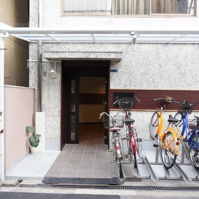 自転車置き場はキレイに使いましょう