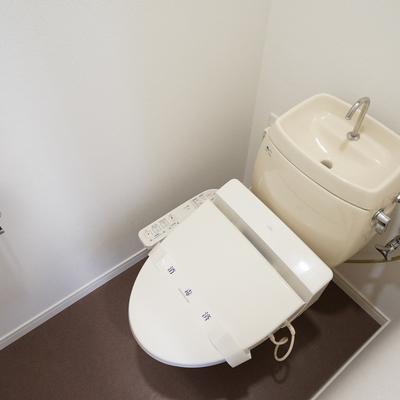 トイレはウォシュレットつき!※写真は前回募集時のもの