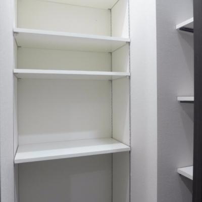 靴箱が可動棚2面!たっぷりです!