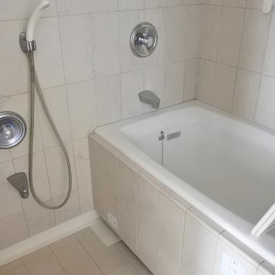 浴室乾燥機付きのおふろです。