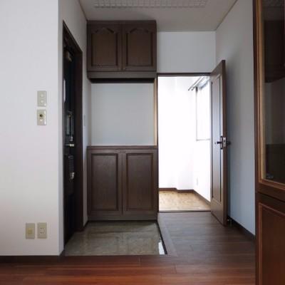 さあ、帰りましょう。玄関はこんな感じ!