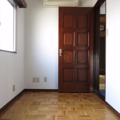 小部屋はやこんな感じ。