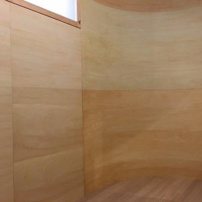 これがカーブの中。全面木!※写真は前回募集時のものです