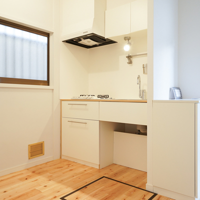 キッチンスペースもゆとりのある空間!※写真は前回募集時のものです