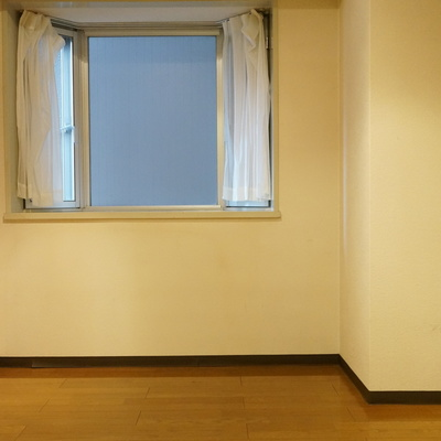 8帖:出窓からの風景はいかに