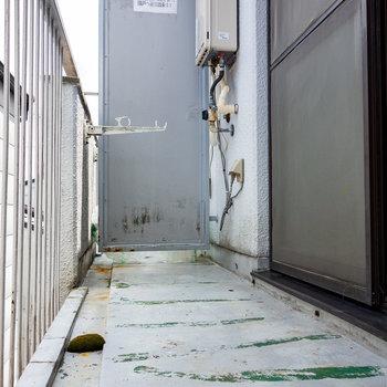 バルコニーはゆとりあります。※写真は3階の同間取り別部屋のものです