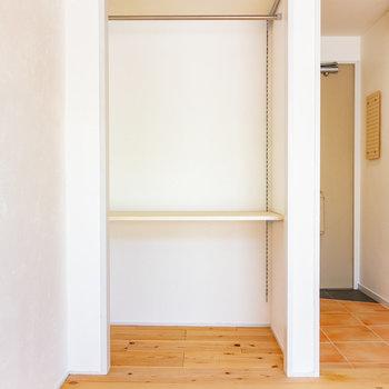 可動棚で使い方もデザインして。※写真は3階の同間取り別部屋のものです