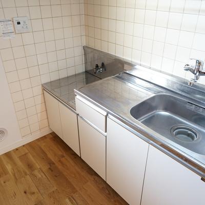 キッチンはコンロ持ち込みです。※写真は前回募集時のものです