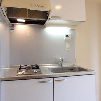 デザインコンロのキッチン!! (※写真は6階の同間取り別部屋のものです)