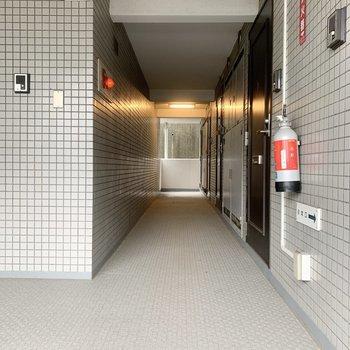共用部は建物内にあるので、雨でも濡れずに帰宅できます。