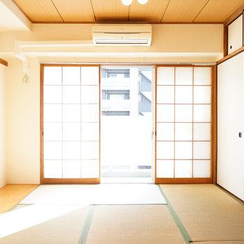 6畳の和室は日当たり◎