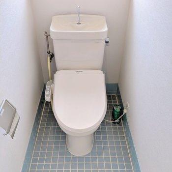 【トイレ】温水洗浄便座に生まれ変わりました!