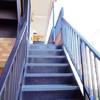 4階までは階段!気合です!