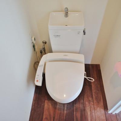 トイレは個室。いいですね。※写真は前回募集時のものです