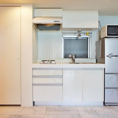 キッチン周りはこんなが感じ。※写真は前回募集時のものです