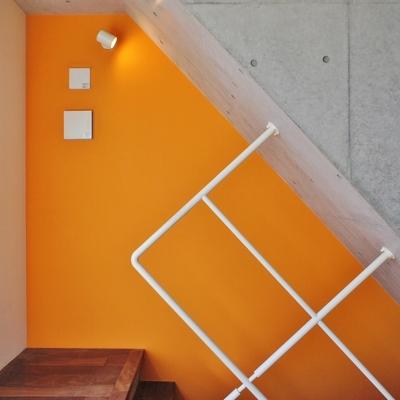 階段の手すりが変わった形。※写真は前回募集時のものです