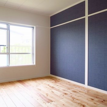 個室②デニムのアクセントクロスが素敵・・・(※写真は前回募集時のものです)