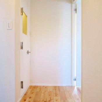 玄関からリビングダイニングへ続く廊下からドキドキしました。(※写真は前回募集時のものです)