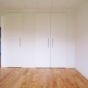 個室①大きな収納は・・・(※写真は前回募集時のものです)