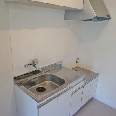 キッチンはIH設置可・※写真は前回募集時のものです。