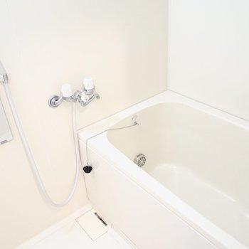 お風呂もシンプル。